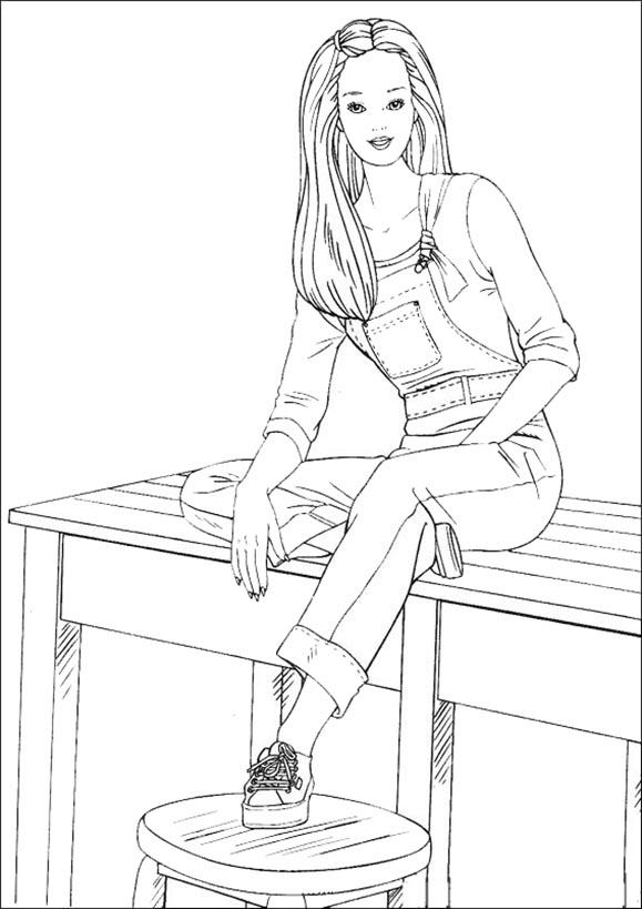 Barbie am Tisch sitzen